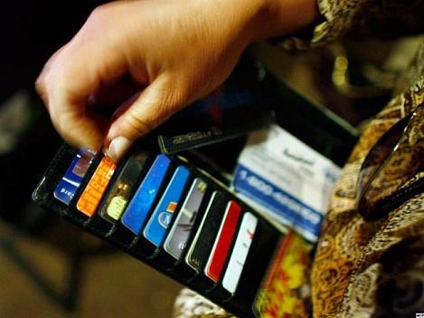 За обман банка и попытку дважды получить свои деньги девушка заплатит штраф, фото: susanin.udm.ru