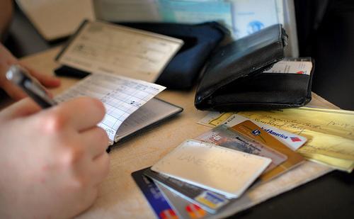 украли деньги с карты что делать, законно ли списание денег с зарплатной карты