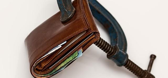 претензия в банк отмена штрафа за просрочку, отменить штрафы банка за просрочку, законны ли штрафы по кредиту, может ли банк штрафовать за кредит,